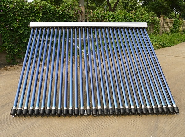 Panou solar presurizat cu 30 de tuburi termice