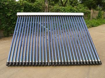 Poza Panou solar presurizat cu 30 de tuburi termice